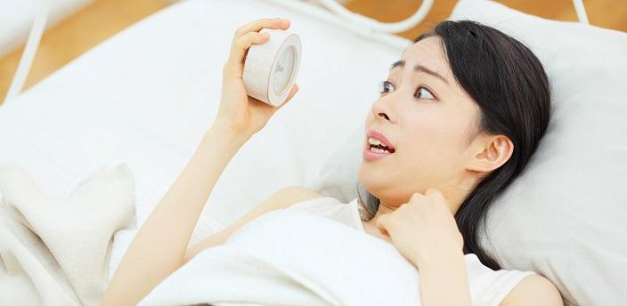 就活セミナーに寝坊してしまったらどうする?選考には影響する?のイメージ