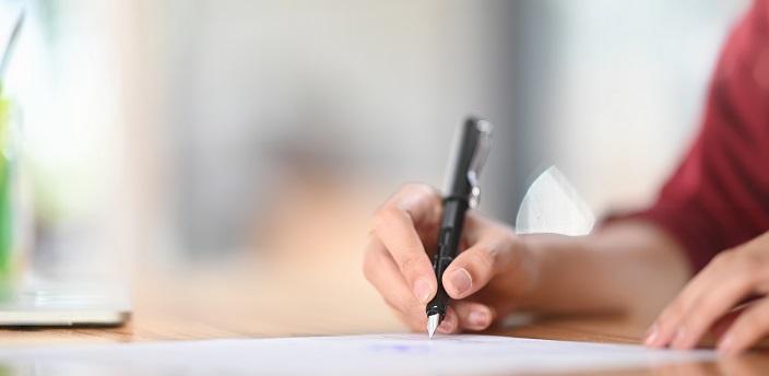就活の小論文の書き方とは?例文付きで構成などの注意点を解説