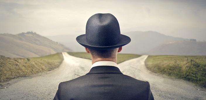 公務員浪人の末路は悲惨?向いている人の特徴や注意点も解説