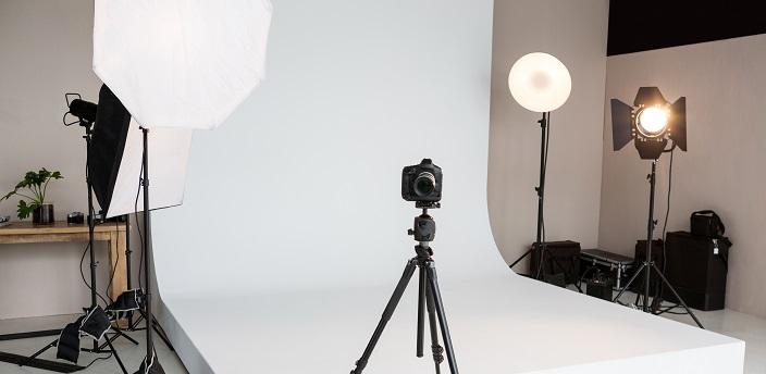 インターン選考を突破できる、証明写真の撮り方とは?