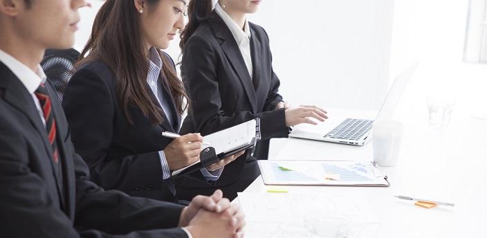 インターンシップとは?参加する意味や目的、応募方法を徹底解説!
