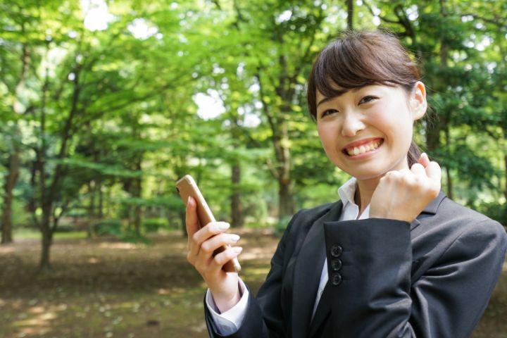就活中の電話対応で印象アップ!マナーの基本とポイント