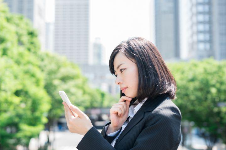 就活中の疑問…企業からの電話は折り返したほうがいい?