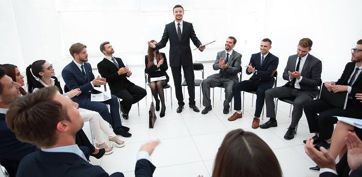 会社説明会には何分前に到着するべき?基本マナーまとめ