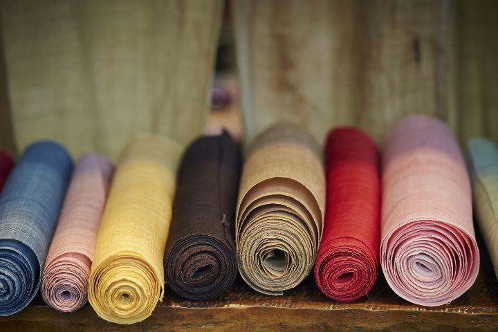 繊維商社とはどんな仕事?アパレル業界についても解説